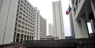 regione emilia romagna, azionisti carife, carife, 500000 euro, rimborso, federconsumatori